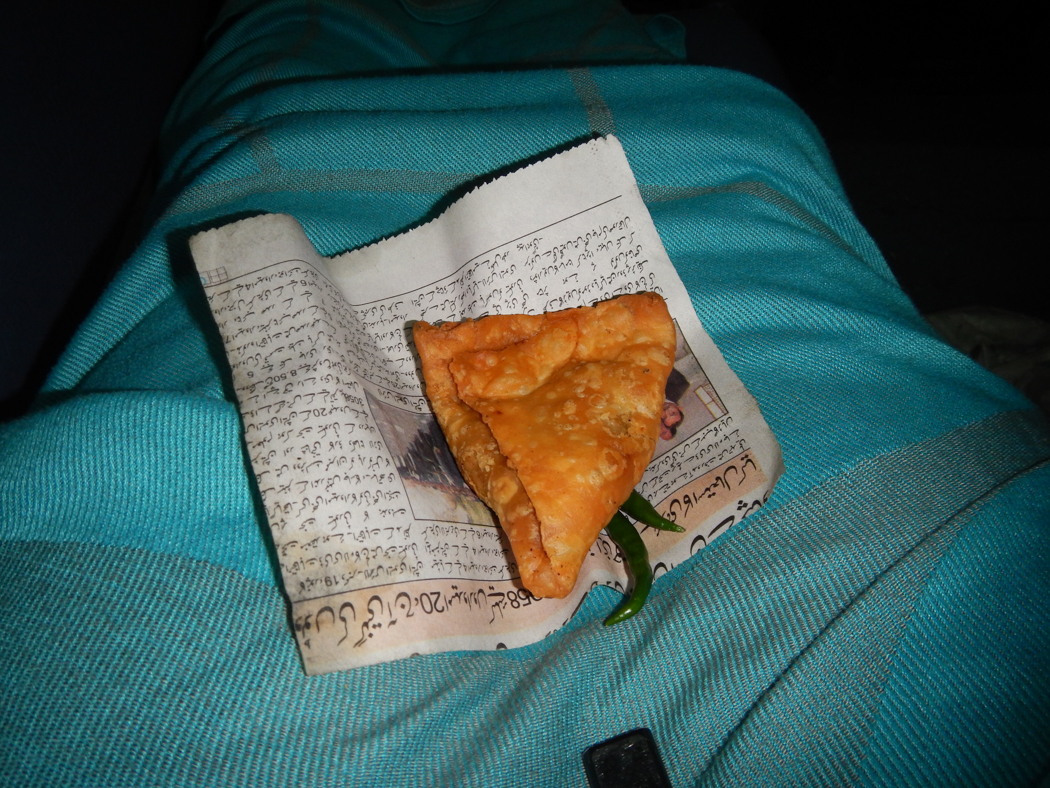 lucknow-train-snack
